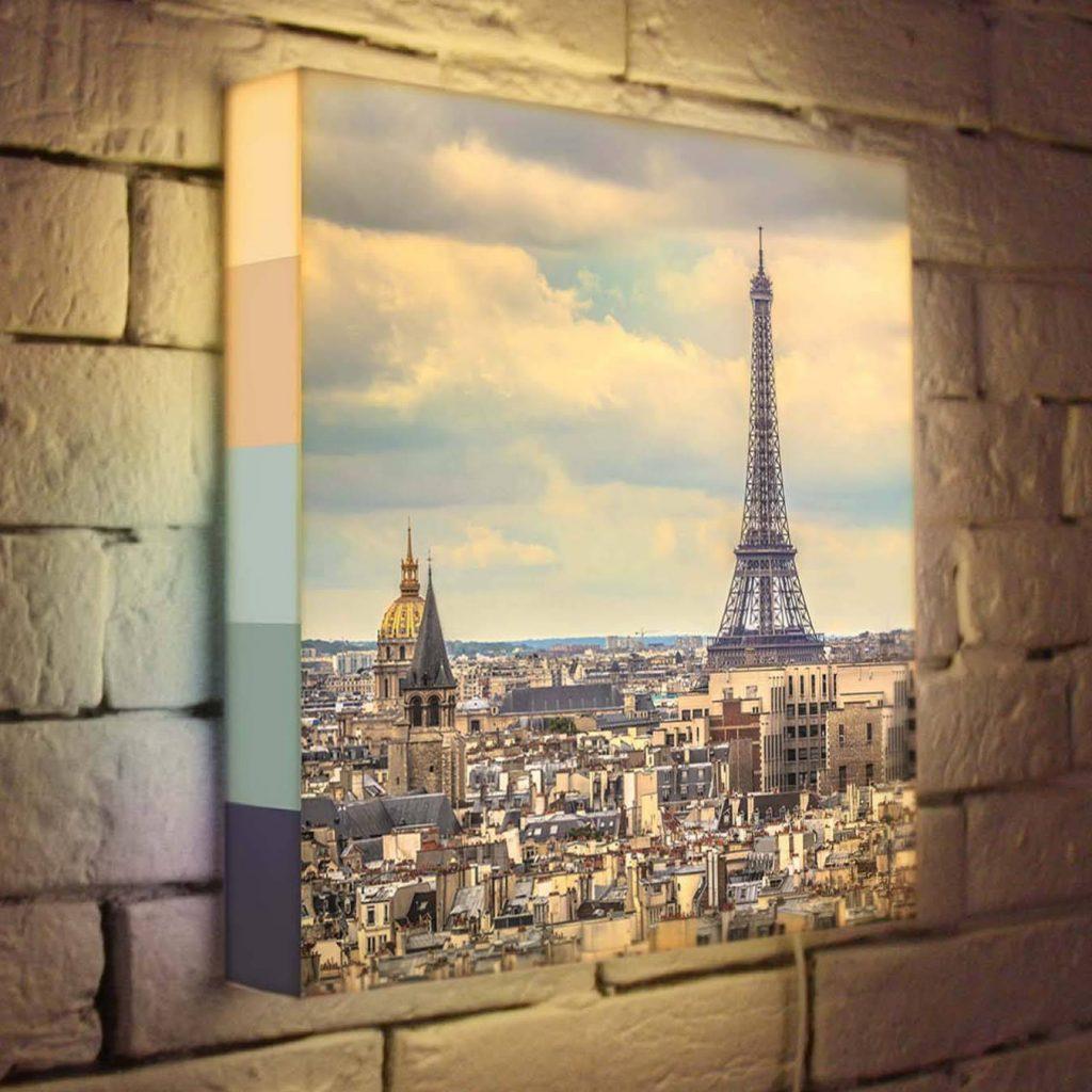 Лайтбокси (світлові короби) - один з найпопулярніших та ефективних інструментів реклами.