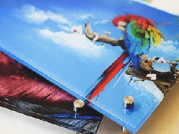 Печать на акриле прозрачном или молочном, высокое качество печати